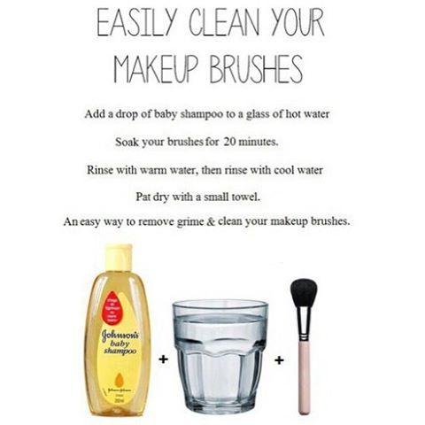 clean your makeup brushes easily 😳 have you triend this