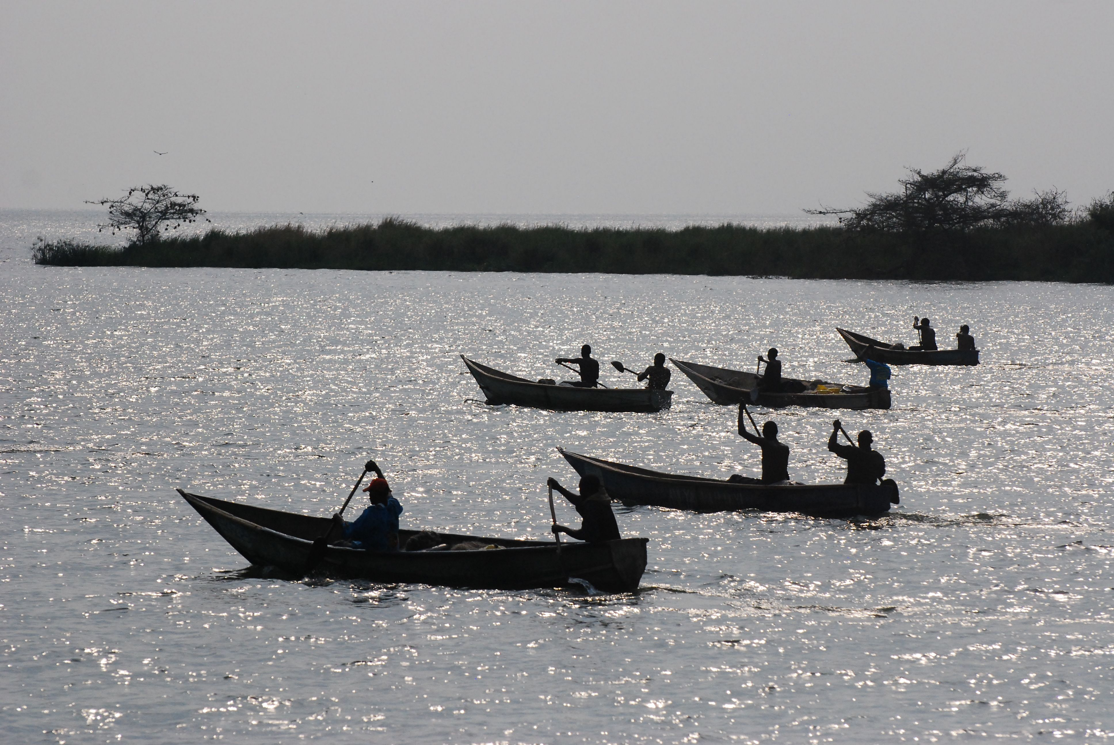 Nature and communities: Canoe rides on Lake Albert in Uganda. Photo by Kirchmann