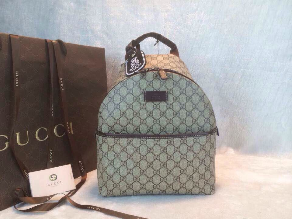 b11609667f0 Gucci GG Supreme Canvas Backpack 271327