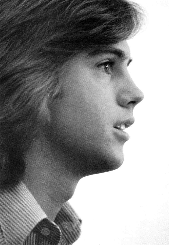 53b48c06f8fad7 Shaun Cassidy in profile. | Teen Idols | Old movie stars, David ...