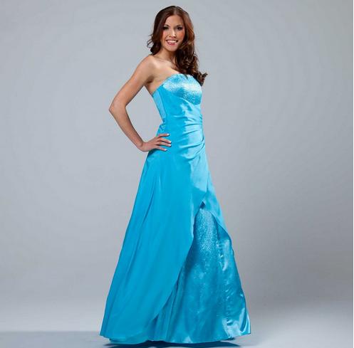 Kleidung Hochzeitsgast Frau, Lange Kleider Und Bloom, Einfache ...