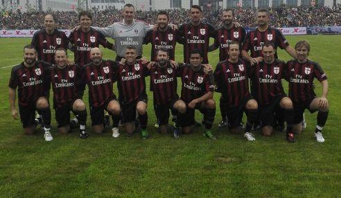 Milan Glorie Braglia Zambrotta Favalli Maldini Baresi Simic Vierchowod Zenoni Eranio Massaro Papin Serginho Ganz Ambrosin Ac Milan Milan All News
