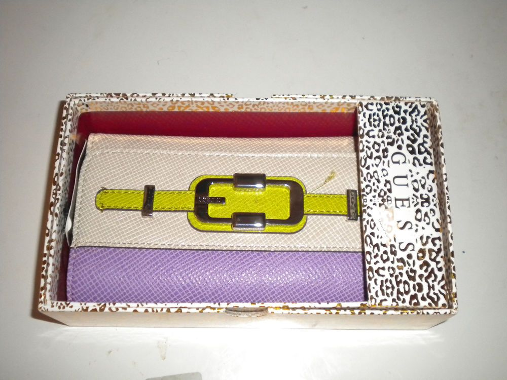 Guess Beige  Purple Wallet 3 Pockets Credit Card Holder Buckle Clutch Purse  #GUESS #Clutch