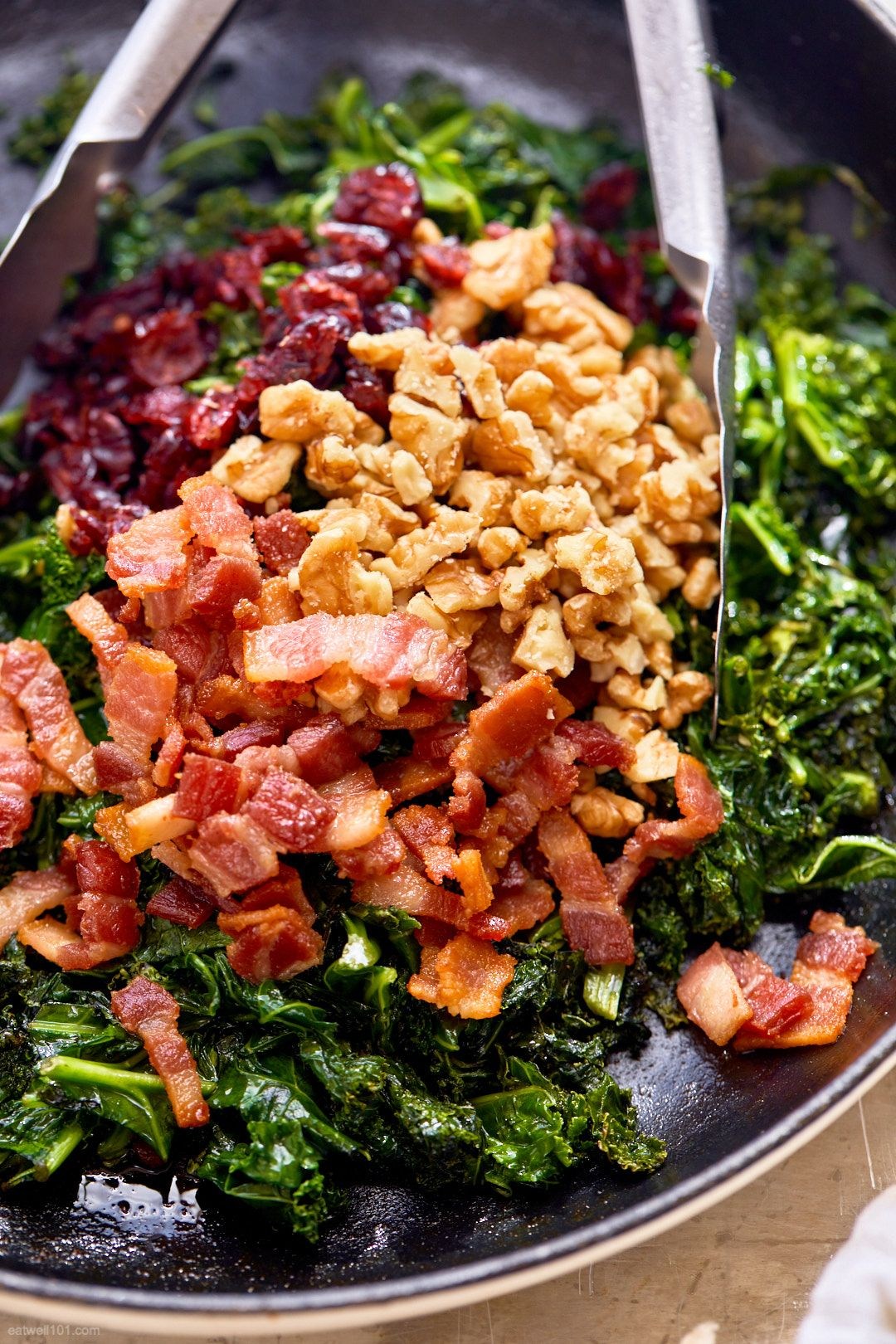 Healthy Sauteed Kale Salad With Bacon Walnuts And Cranberries In 2020 Beef Pasta Recipes Lamb Tagine Recipe Kale Recipes