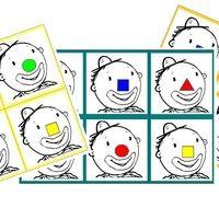Un jeu de loto avec Léo. On joue avec l'adulte qui nomme les formes et leur couleur, ou un élève ou encore avec le dé des formes et celui des couleurs. Télécharger « loto Léo le clown »