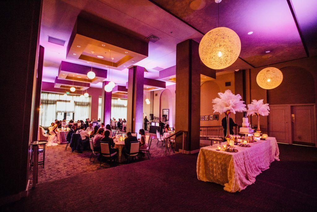 Amber Eric Wedding Magnolia Hotel Omaha Ne Us Gatsby Inspired Wedding Table Decorations Wedding Arch Wedding Centerpieces
