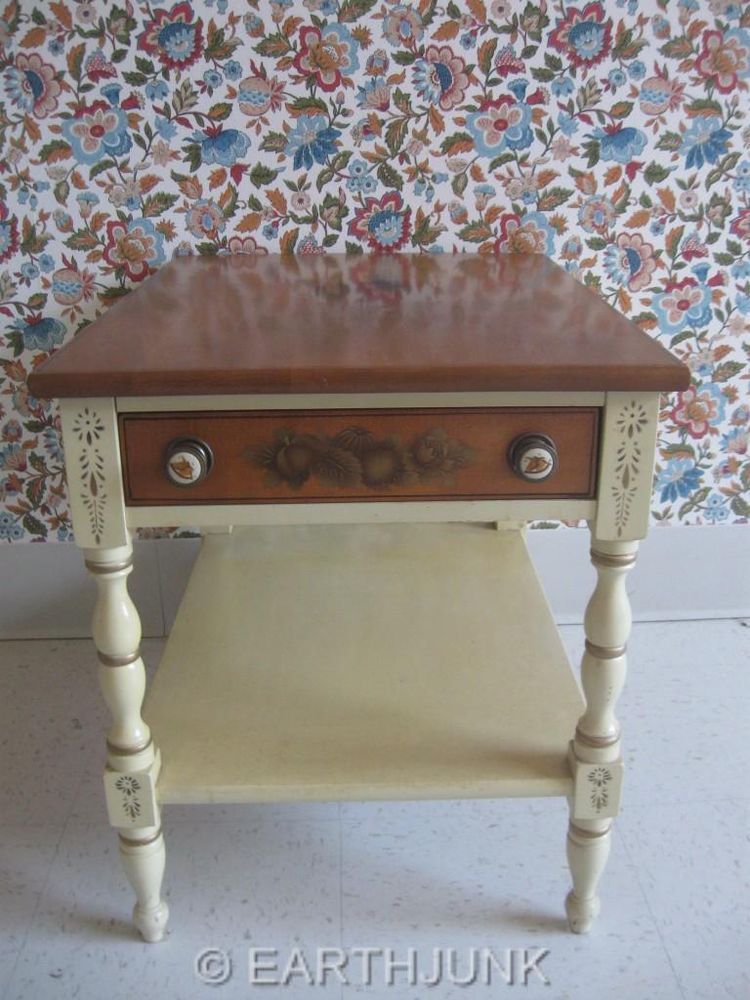 L Hitchcock Night Stand Or End Table Ivory White Painted U0026 Gold Hand  Decorated #LambertHitchcock