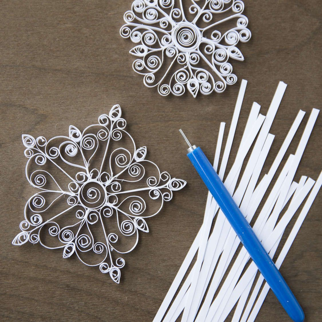 Make snowflake ornaments - Diy Mini Quilled Snowflake Kit 8 99 For The Tool Supplies Great Gift Idea