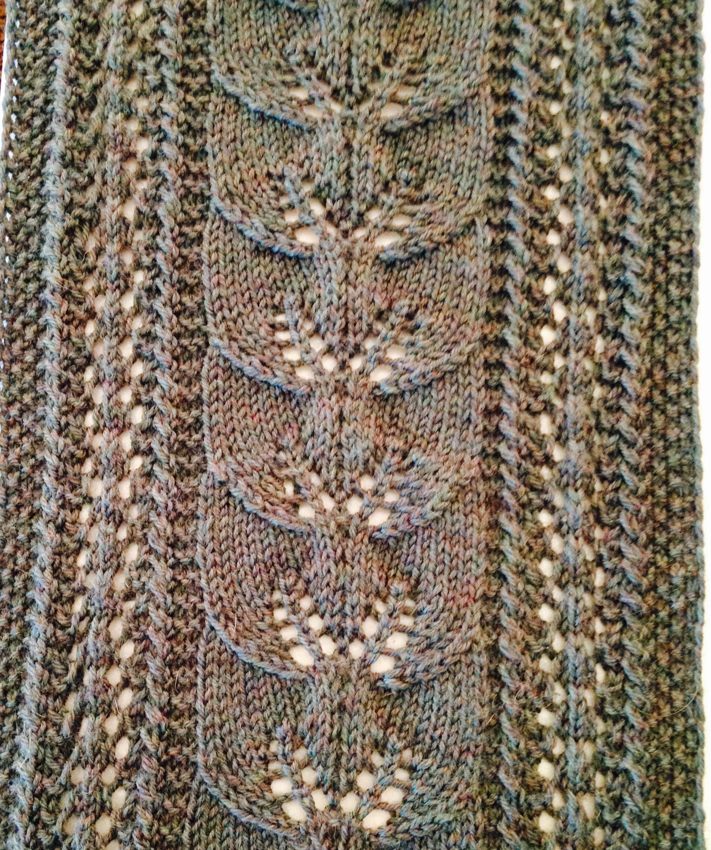 Climbing leaf scarf free knitting pattern knitted panels climbing leaf scarf free knitting pattern bankloansurffo Images