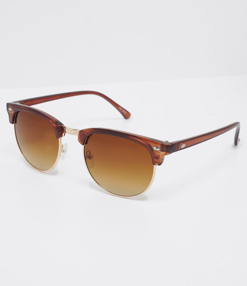 11c89626a00e9 Óculos de sol Modelo quadrado Hastes em acetato Lentes degradê Proteção  contra raios UVA   UVB