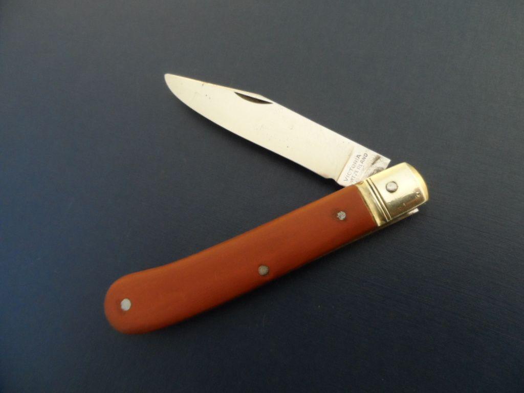 Victorinox Victoria Single Blade Swiss Farmers Knife