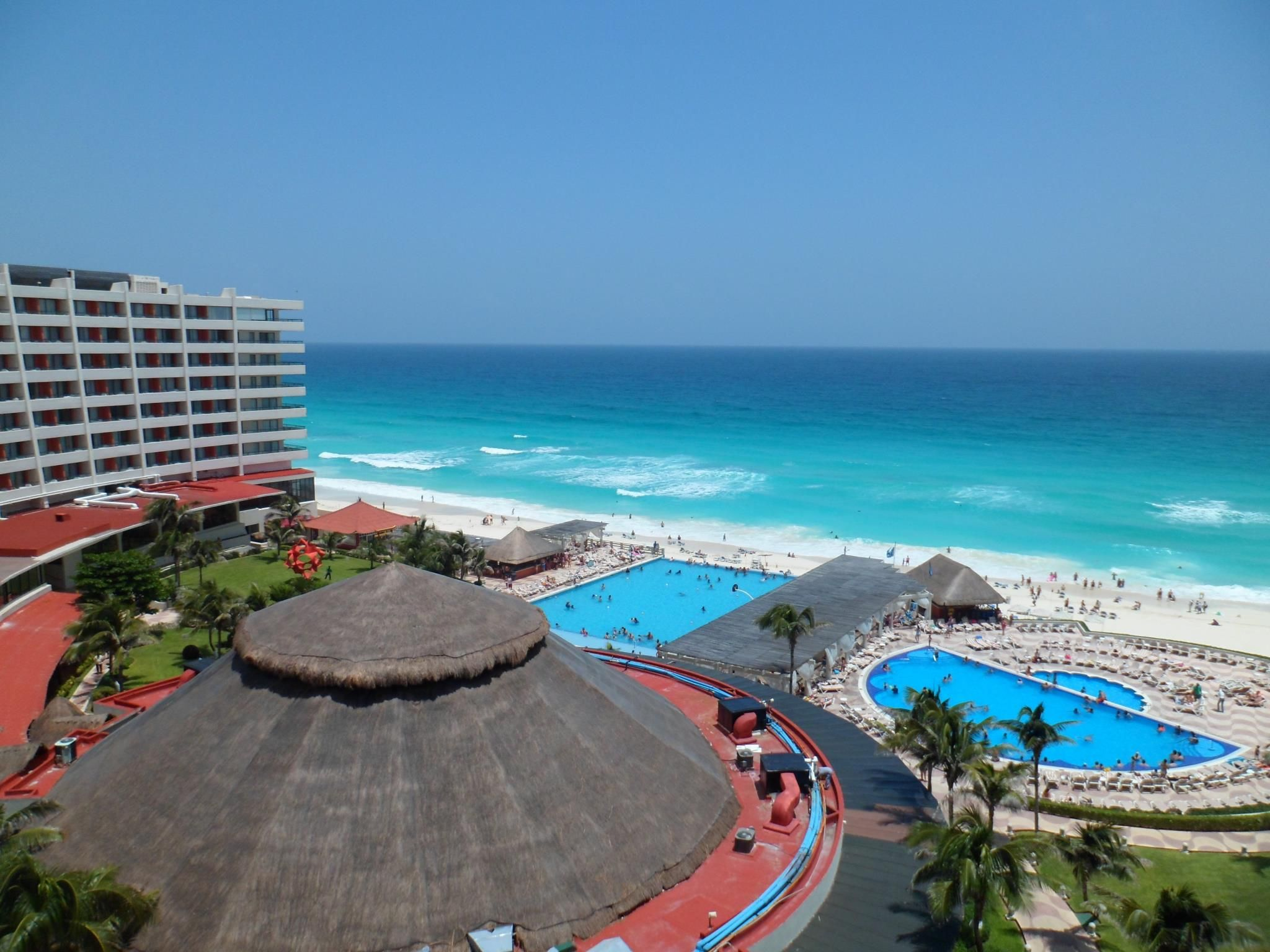 Hotel sandos cancun luxury experience resort marf travel vacation - Crown Paradise Club Cancun All Inclusive Resort Super Saver Kids Free