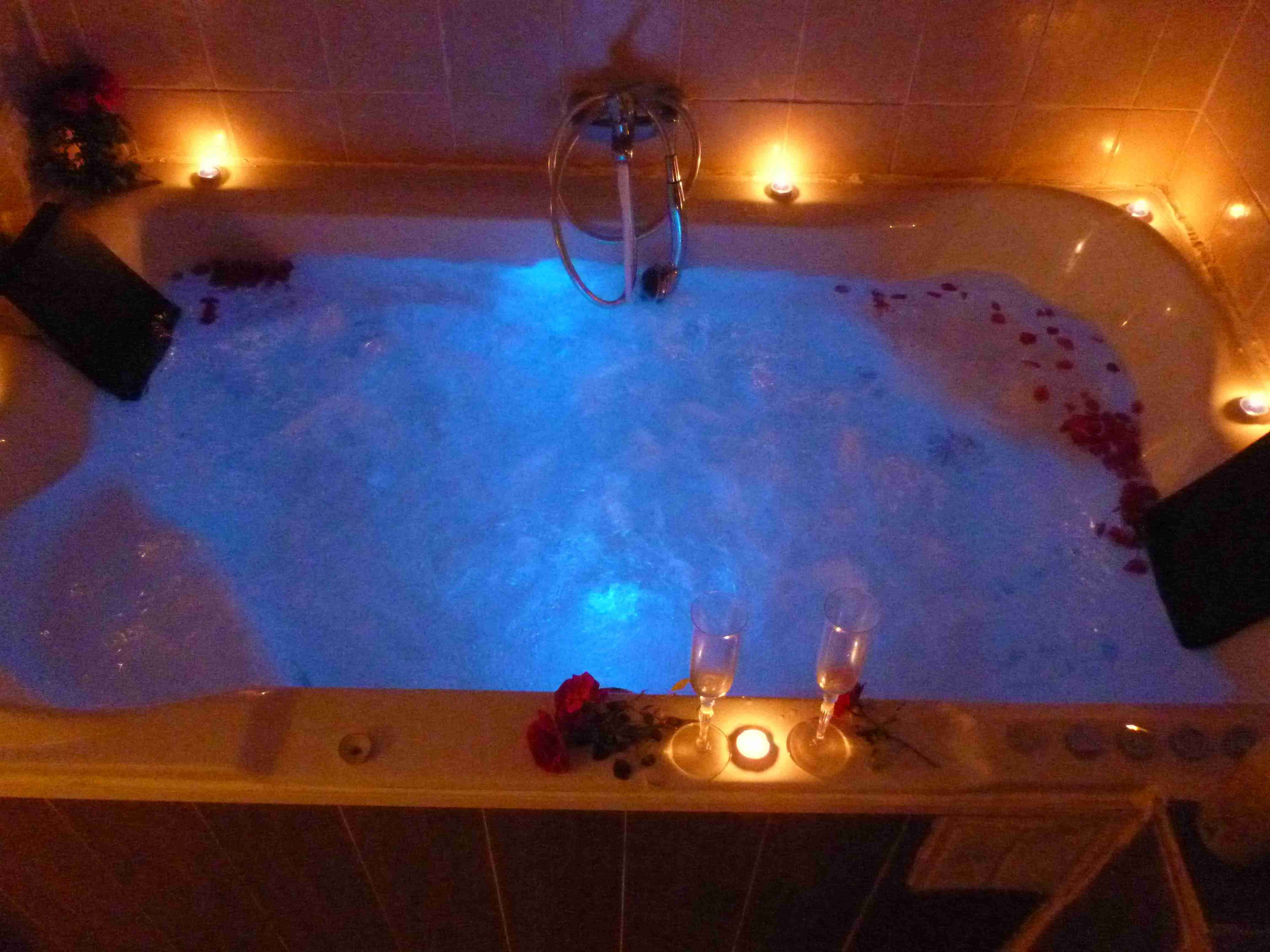 Jacuzzi Cromaterapia Cool Apartments Top Hotels Hotel Reviews