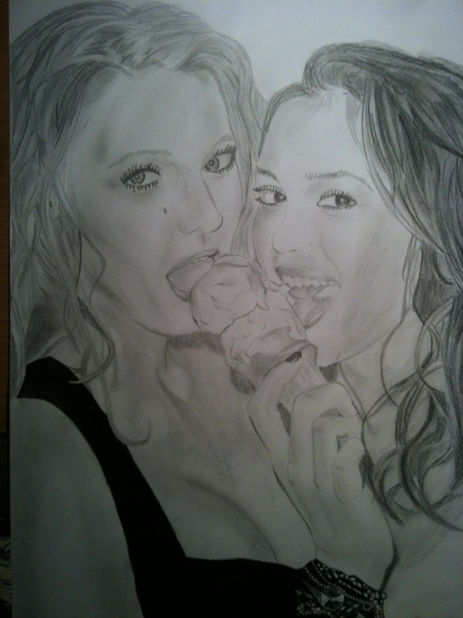 Serena Van Der Woodsen And Blair Waldorf Gossip Girl *_* Ice Cream,