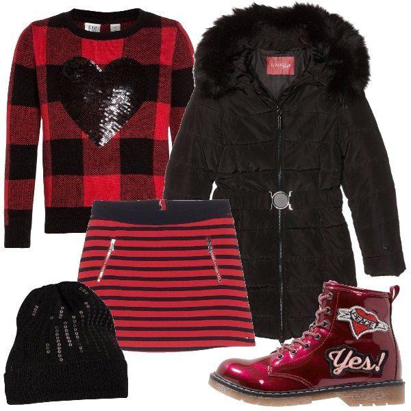 Préférence Una gonna a righe rosse e nere abbinata al pullover a quadri con  CQ96