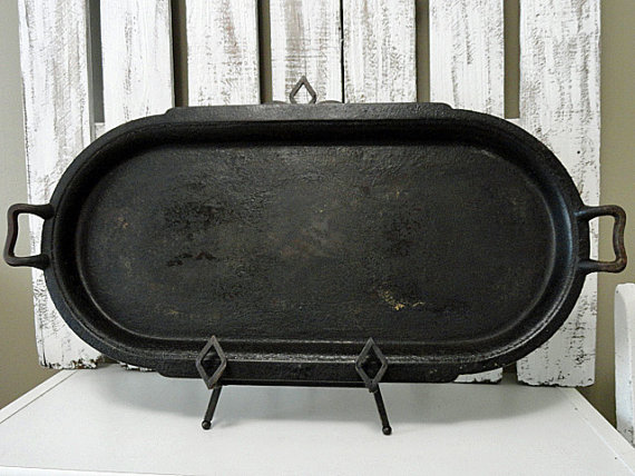 Vintage Cast Iron Oval Griddle By Rusticattic On Etsy 40 00 Cast Iron Cast Iron Cookware Copper Ware