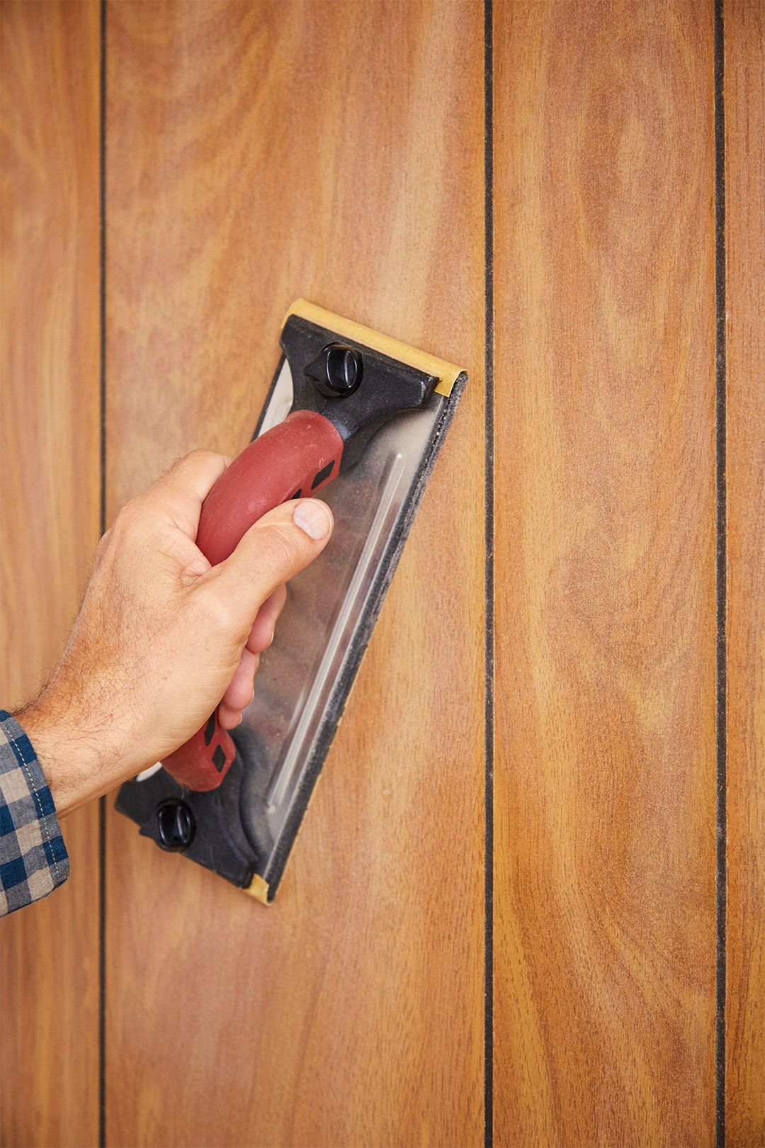 How To Paint Wood Paneling Like A Pro Painting Wood Paneling Wood Paneling Painting Over Paneling