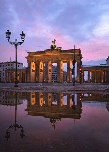 Brandenburger Tor Zonsondergang Van Bruce Girault Op Canvas Behang En Meer In 2020 Zonsondergangen Berlijn Duitsland Toren