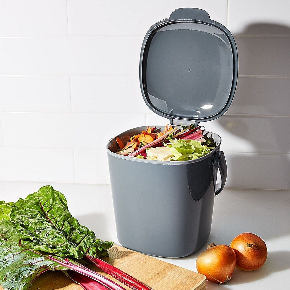 OXO Good Grips Compost Bin In Charcoal - This conveniently-sized OXO Good Grips Compost Bin holds your food scraps until they can be transferred to your outdoor composter. Stop throwing food scraps in the garbage, nurture your garden instead.
