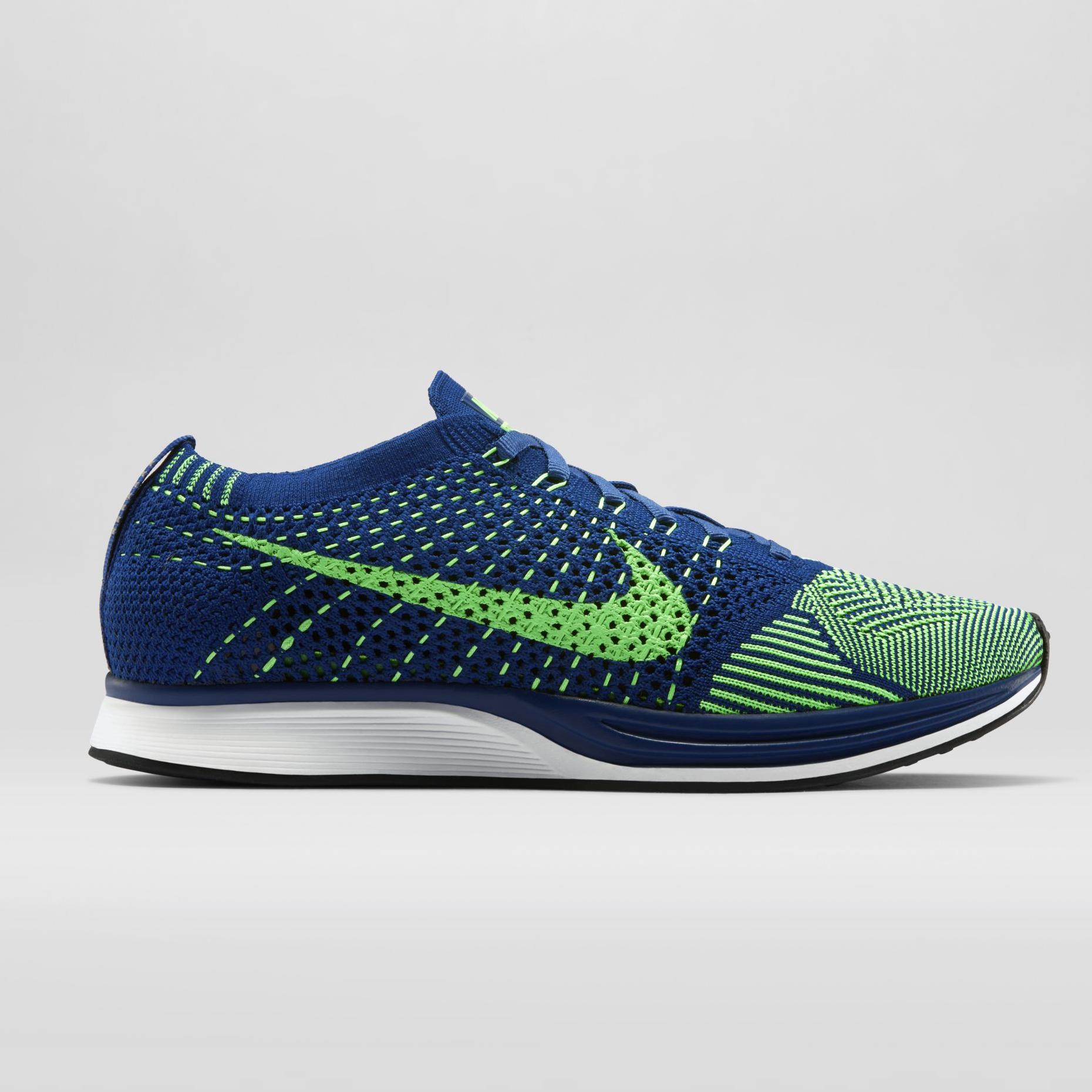 7191d12c4b81 Nike Flyknit Racer