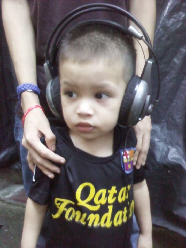 Mi sobrino la hace de DJ