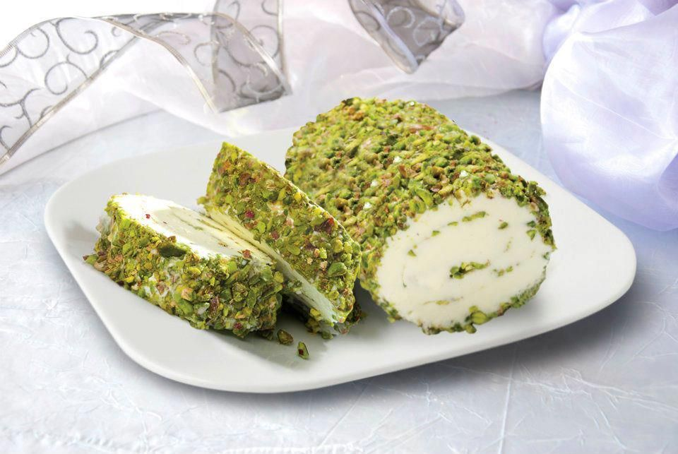 Arabic Ice Cream Rolled In Pistachios Cannot Beat It Cream Chunks Inside Food Pistachio Recipes Middle Eastern Food Desserts
