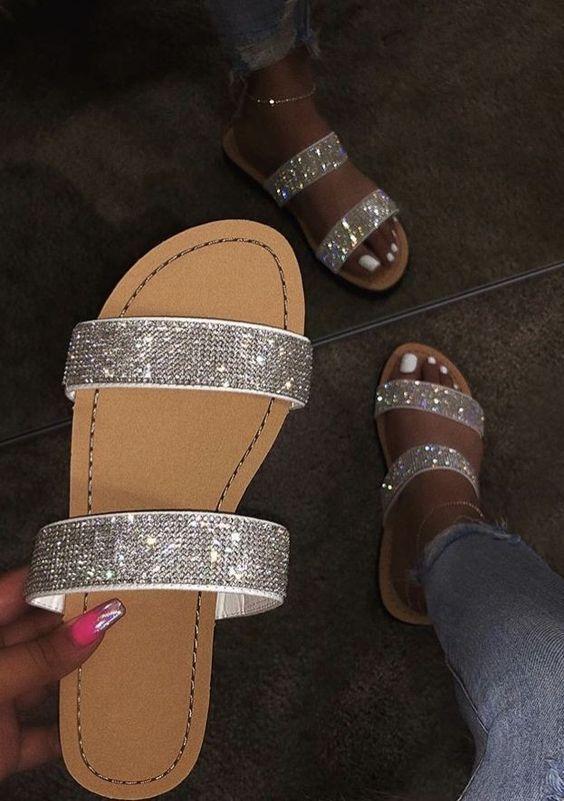 20 Summer Flat Sandals That Look Fantastic