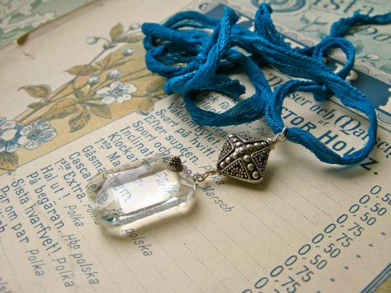 L'Heure Bleue vintage crystal necklace