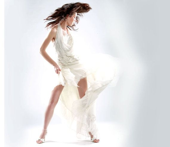 Short wedding dress avant-garde. by MonikaVenika on Etsy