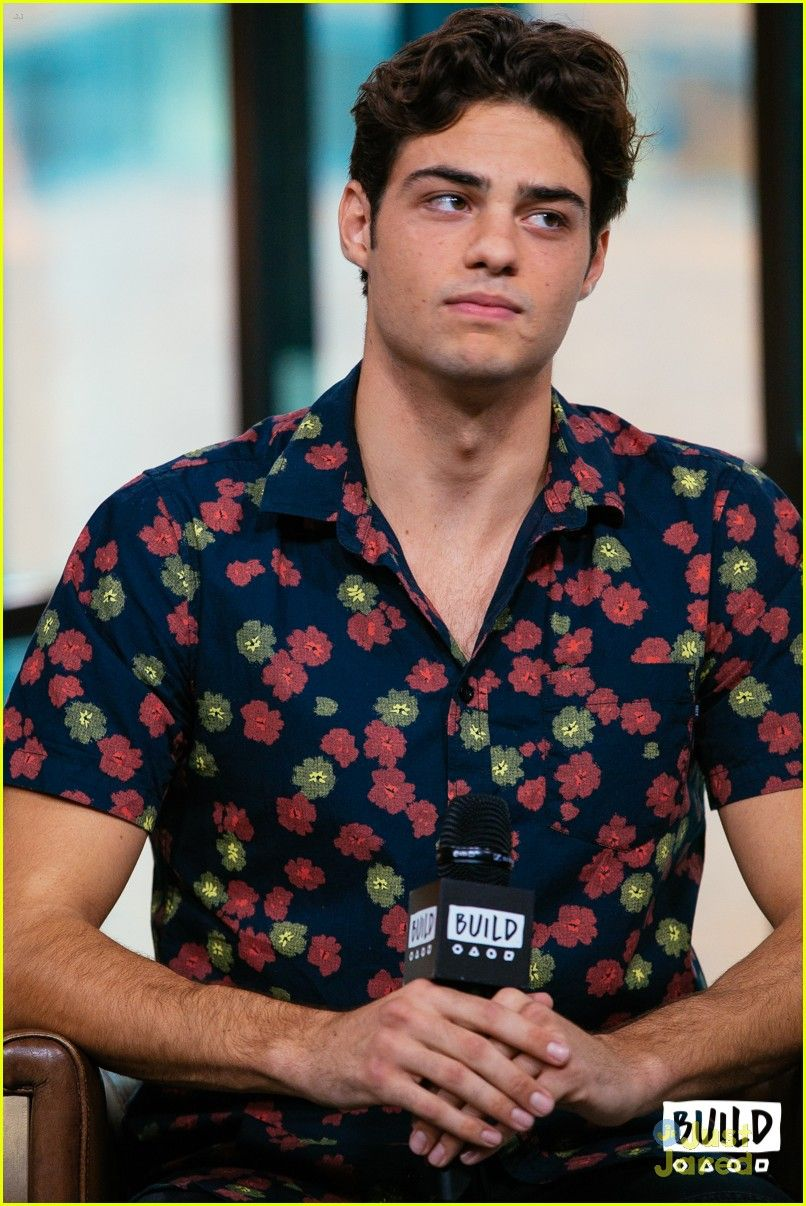 Coco Chanel Quotes Iphone Wallpaper Noah Centineo My Favourite Male Celebritiesartists T