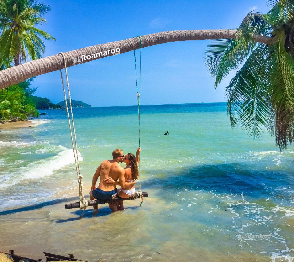 Best Couples Instagram Travel Accounts Featuring Roamaroo