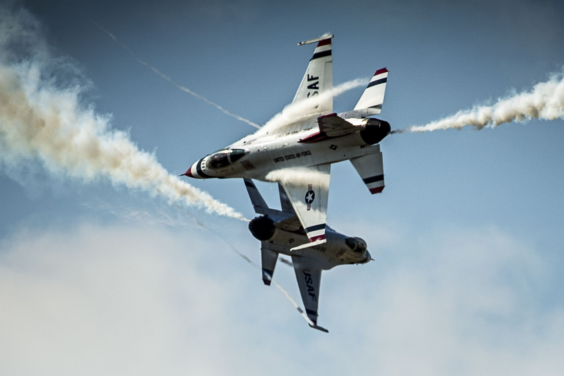 Pilots from the Air Force Thunderbirds air demonstration