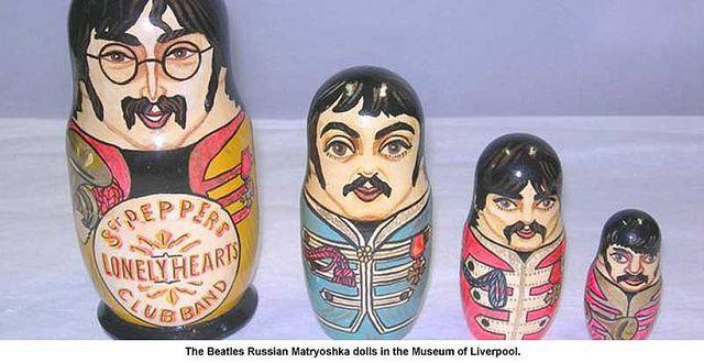 Beatles Sergent Pepper Russian Nesting Dolls 5 Piece Doll Set 4