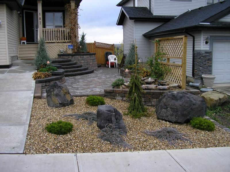 Vorgartengestaltung mit Kies - Ein hübscher Steingarten