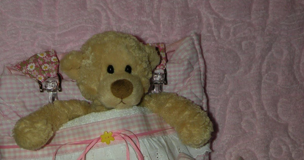 A cute doll bag with a front pocket to carry your favorite doll, along with a blanket, pillow and pillowcase!   My little girl loves this b...