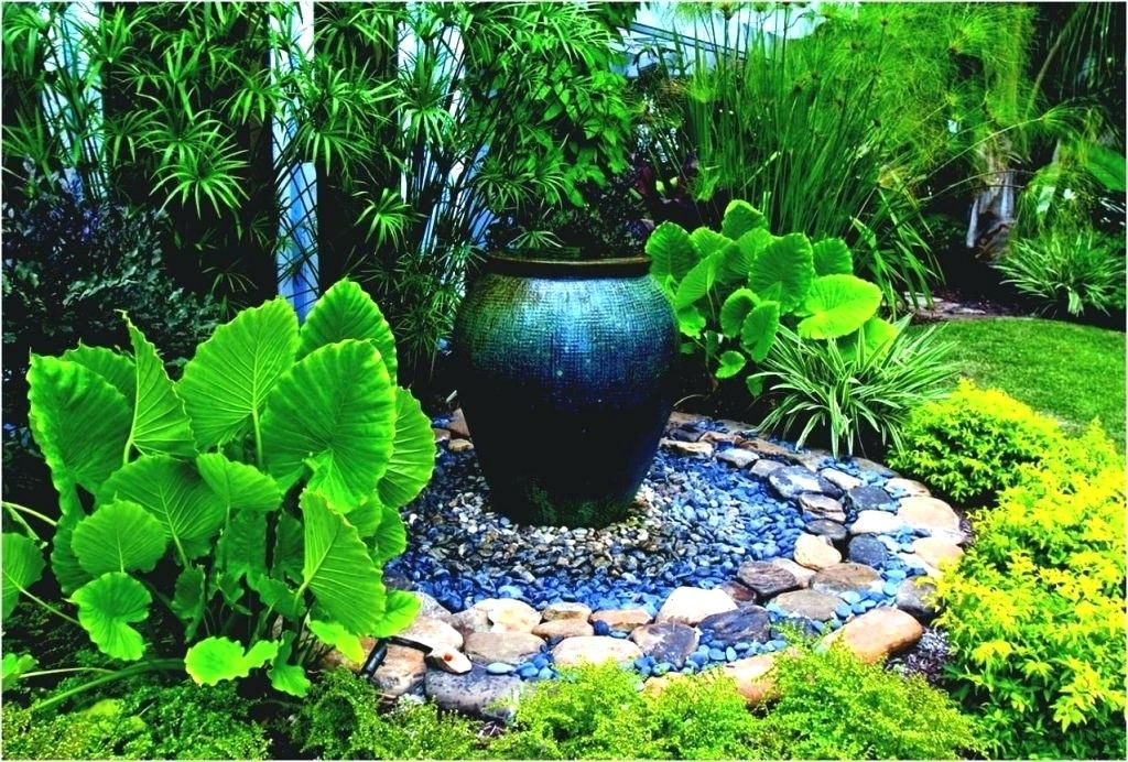 Image result for shady gardens ideas (With images) | Front ...