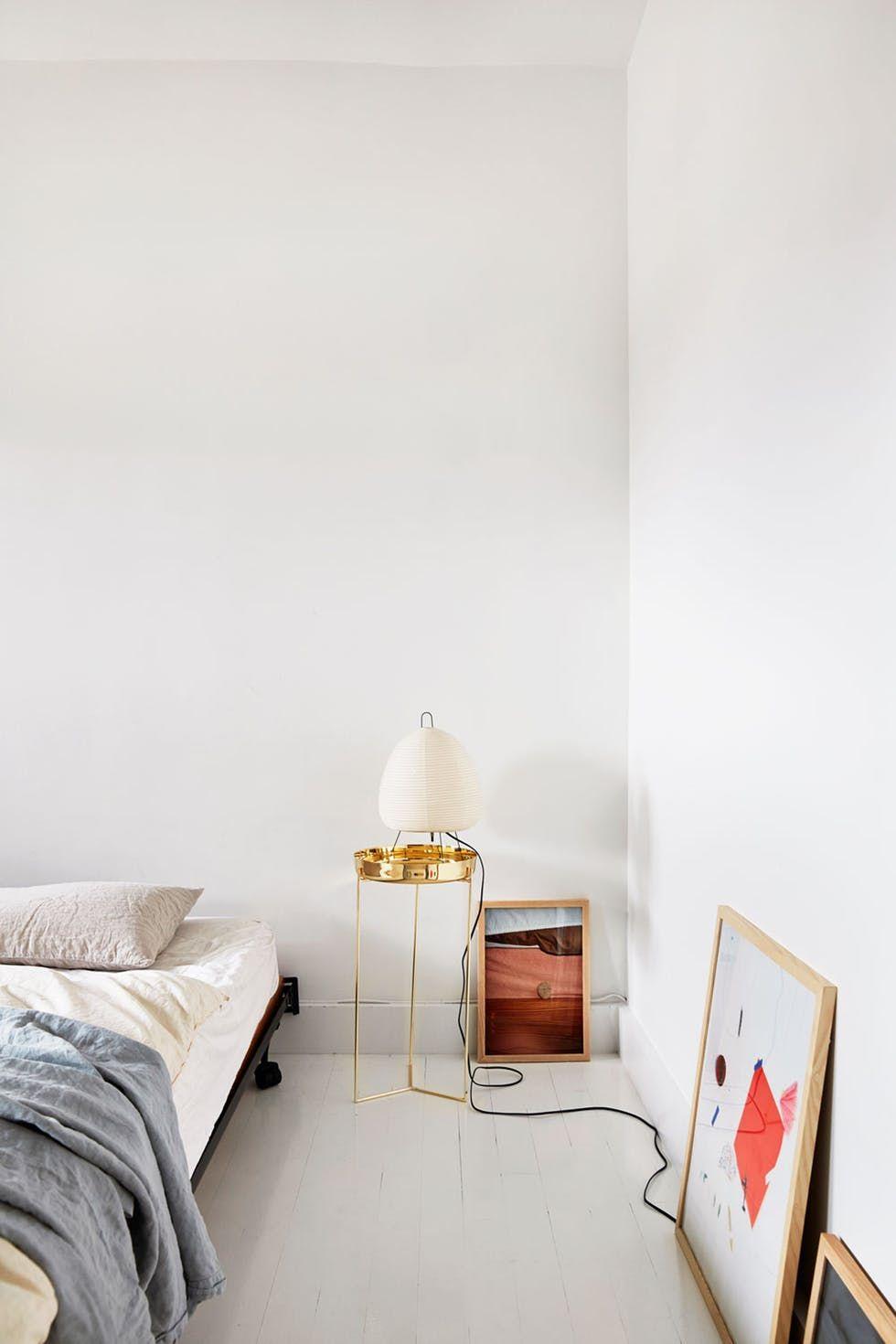 Noguchi Akari Lampe Tischleuchte Vitra Designklassiker Schlafzimmer  Einrichten Und Dekorieren Messing, Weiß, Kunst, Nachttisch