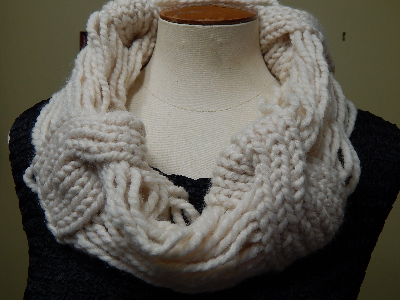 Cuello tejido con lana gruesa algo diferente muy f cil y - Lana gruesa para tejer ...