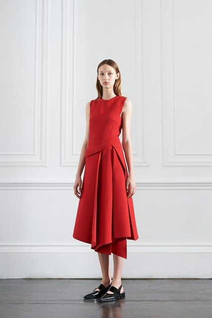 Catwalk photos and all the looks from Victoria Beckham - Pre Spring/Summer 2016 Ready-To-Wear New York Fashion Week