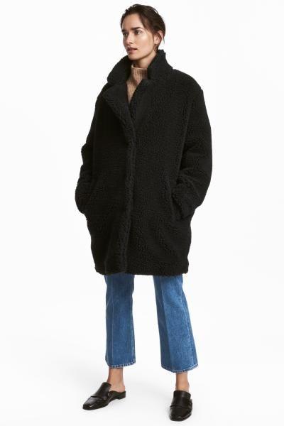 Abrigos con cuello de peluche