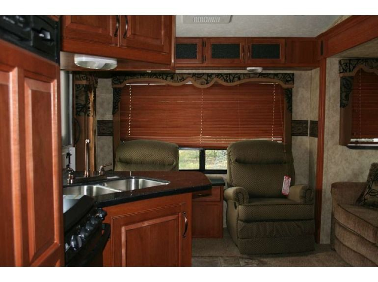 983c04d9b090ff5315e67fac55c3a9cf inside the belly keystone cougar 276rlswe fifth wheel loveyourrv Keystone RV Wiring Diagram at n-0.co