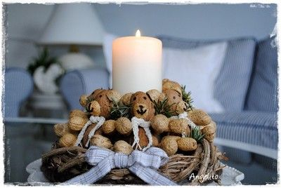 Cute idea for kids holiday table with fake candle perhaps?!