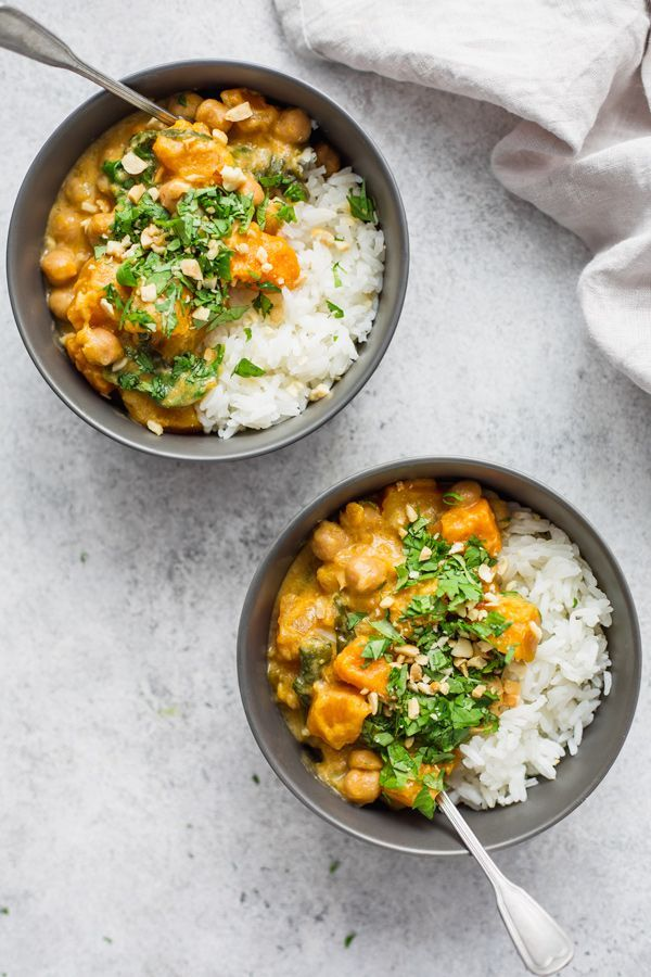 Slow Cooker Chickpea Pumpkin Curry