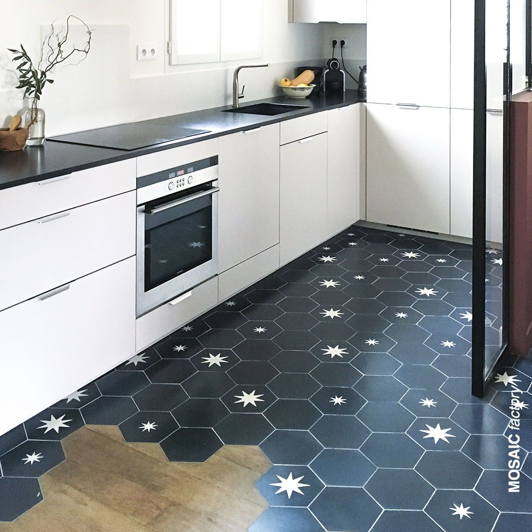 Modern Kitchen With Blue White Star Hexagon Tiles Combined With Wooden Floor The Tiles Are A Combination Of Pl Flooring Hexagon Tile Kitchen Cement Tile Floor