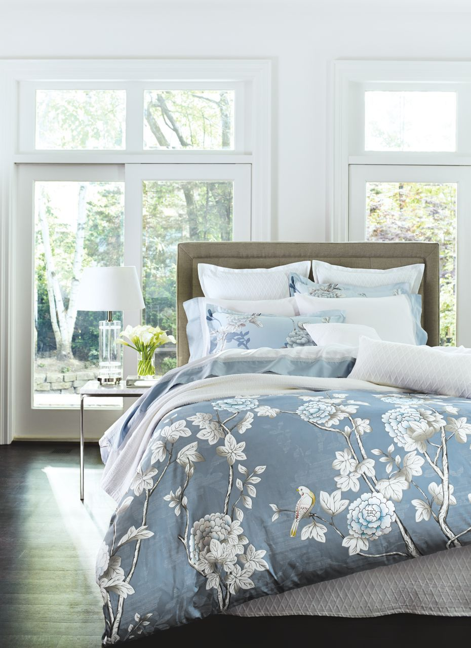 glucksteinhome combines one part vintage oversized florals and one  - glucksteinhome combines one part vintage oversized florals and one partelegant chinoiserie for a fresh take