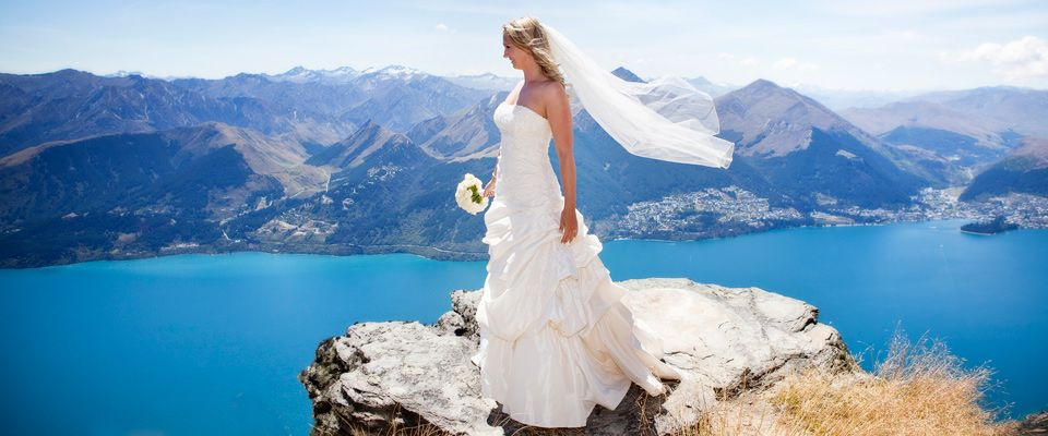 We Are The Premier Destination Wedding Company For Heli Weddingountain Weddings In Queenstown Wanaka New Zealand