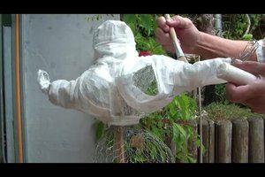 VIDEO: Nanas basteln - so gehts aus Pappmaschee