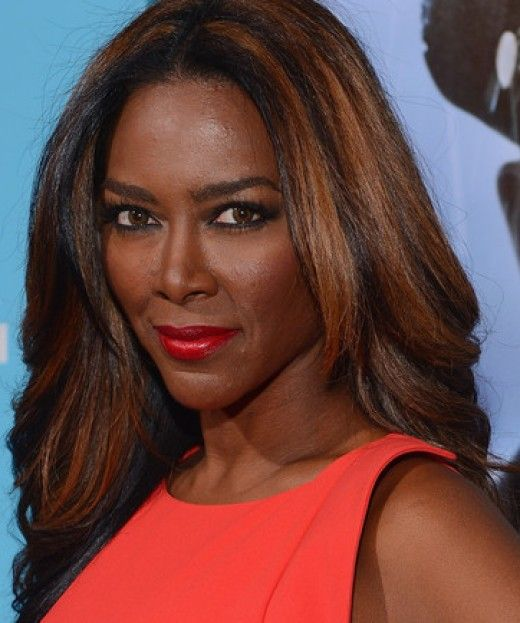 5 Black Women Celebrities With Fashionable Highlights Kenya Moore