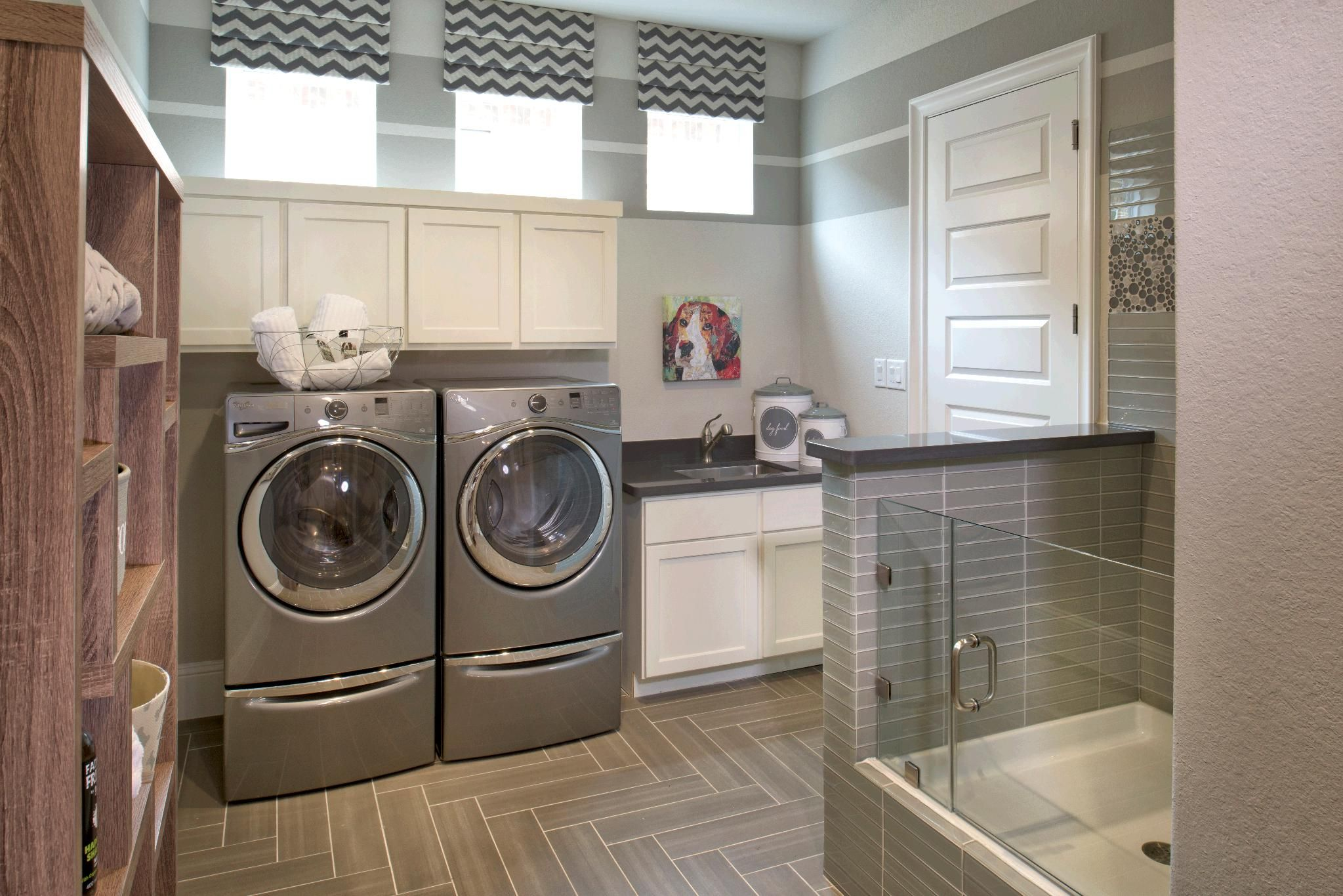 Toll Brothers At The Woodlands Creekside Park Coronet Ridge Tx Dream Laundry Room Laundry Room Laundry Room Decor