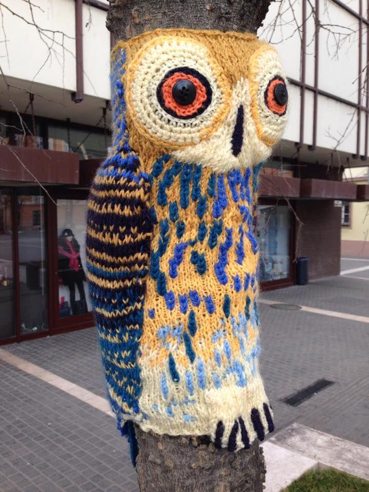 guerilla knitting in Eger, Hungary   Energy   Pinterest   Guerrilla ...
